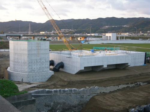 高川排水機場本体他建設工事