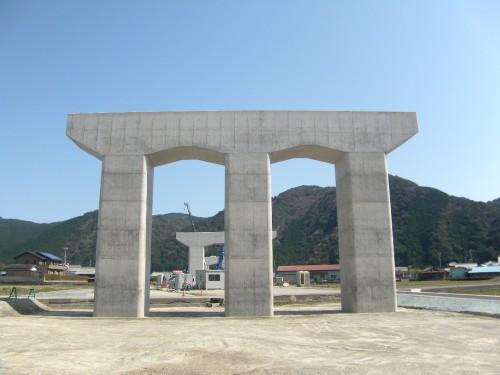 近畿自動車道紀勢線日置川橋P4橋脚他工事(表彰受賞)